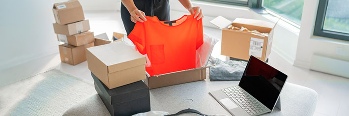 packing t shirt into box